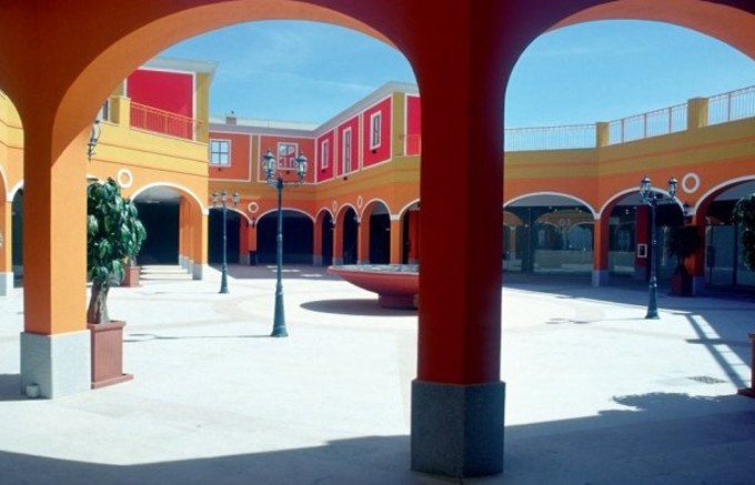 Sardinia Outlet Village