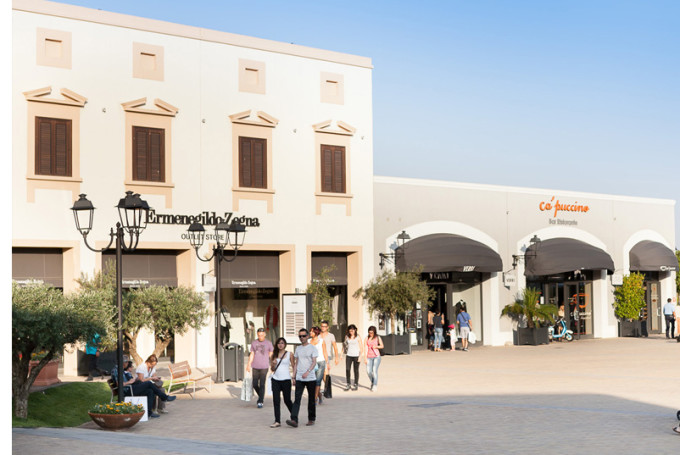 Аутлет Sicilia Outlet Village, Сицилия