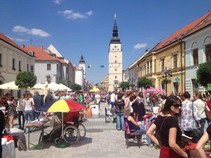 Блошиный рынок, Братислава